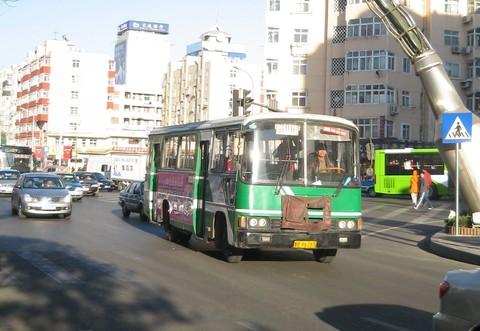 青島古いバス IMG_2782 (2).JPG
