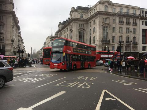ロンドンバスDDメトロポリタンIMG_0341.jpg
